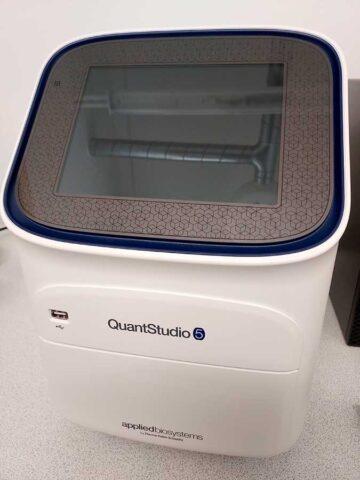 PCR-laite